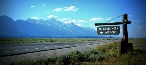 Packing tips summer vacation to jackson hole wyoming for Jackson hole summer vacation