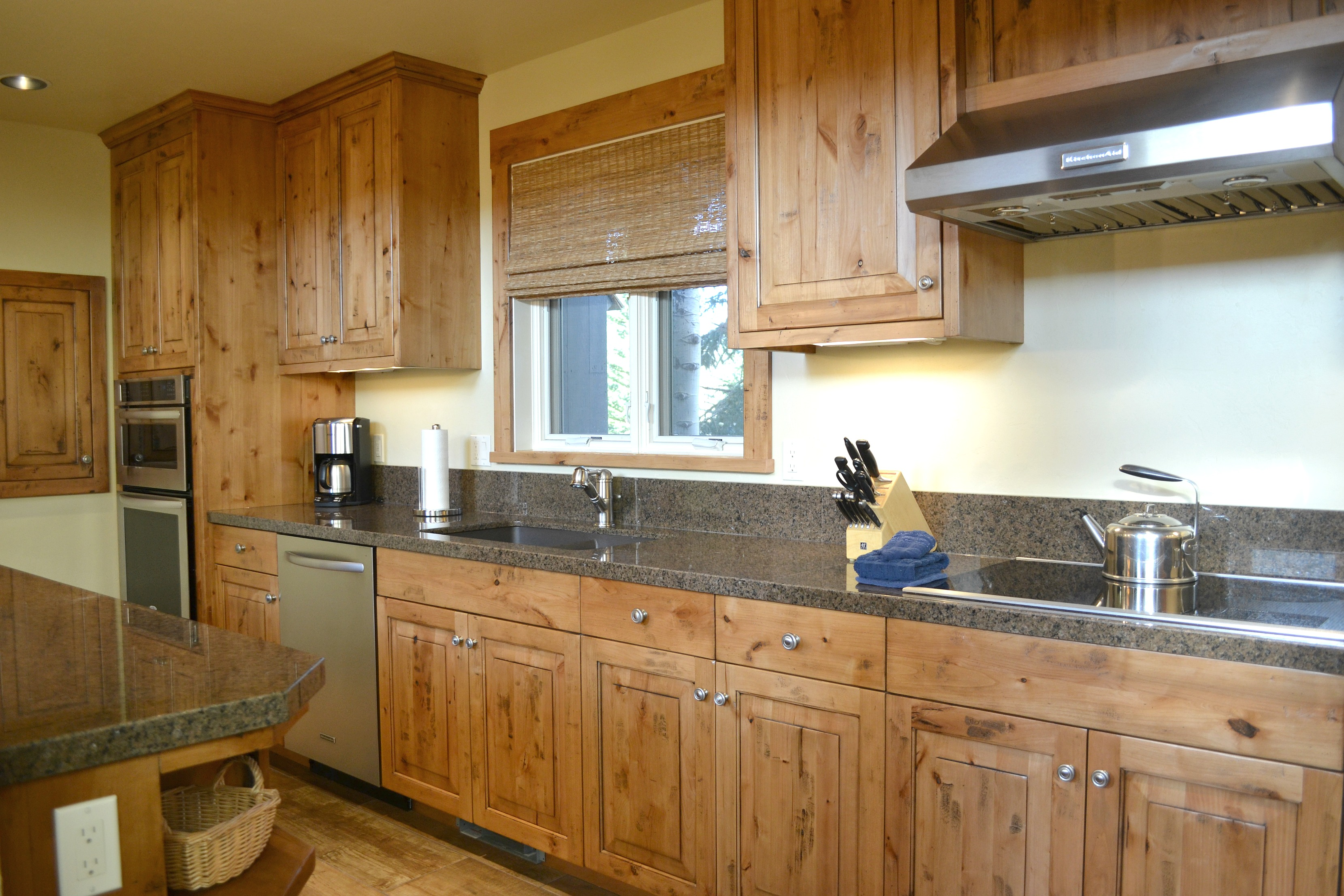 Golf package special in jackson hole jackson hole for Kitchen jackson hole